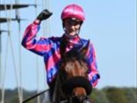 Pilote d' Essai wins the Ballarat Cup